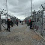 Απάνθρωπες συνθήκες διαβίωσης σε καταυλισμό προσφύγων στη Χίο.