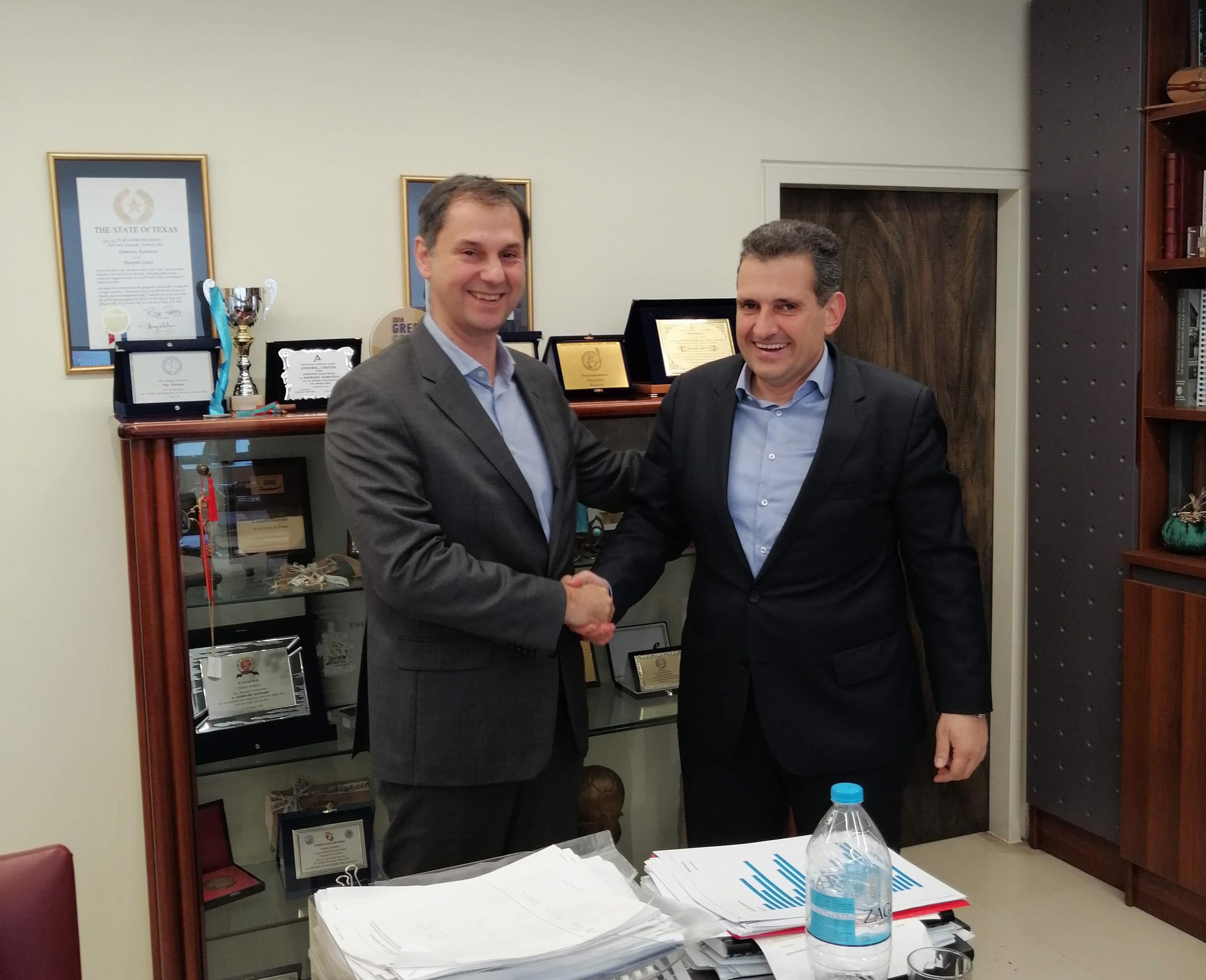Συνάντηση με το δήμαρχο Καλλιθέας κ. Δημήτρη Κάρναβο.