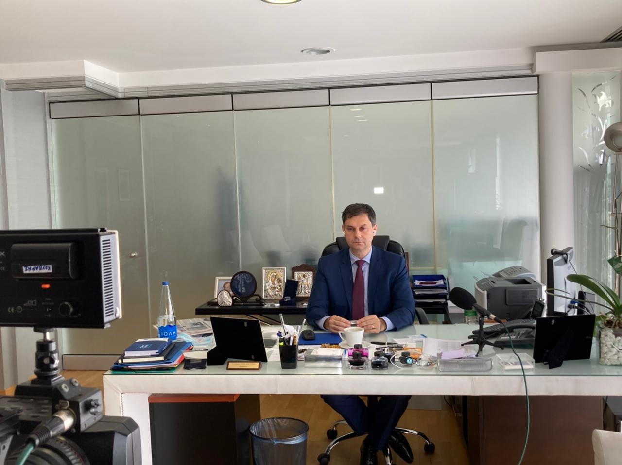 Κοινή Υπουργική Απόφαση για την έκτακτη οικονομική ενίσχυση των τουριστικών λεωφορείων υπέγραψε ο Υπουργός Τουρισμού κ. Χάρης Θεοχάρης